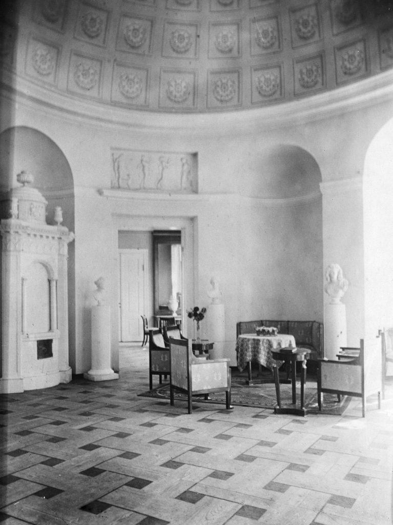 Herrenhaus Jaunauce, Foto: Friedrich von Wolff-Lettin, Herder-Institut, Bildarchiv