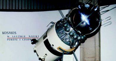Sowjetischer Satellit im Museum der Technik in Warschau, Fotograf: Hans-Joachim Orth, 1967 Herder-Institut, Marburg, Bildarchiv. Inv.-Nr. 206882