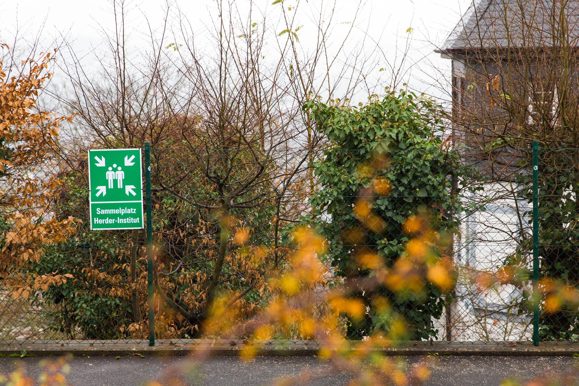 Sammelplatz des Herder-Instituts am Gisonenweg