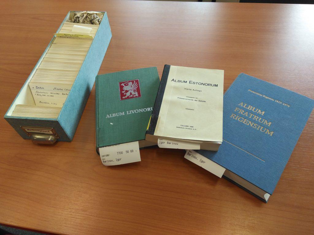Die Quellen am Herder-Institut, zum Beispiel die Krusenstjern-Kartei (links)