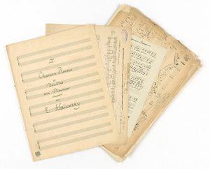 Notenhandschriften (von Ella Adaiewsky), Foto: Claudia Junghänel, 28.11.2018, Musiksammlung, Inv.-Nr._Mus_S_1100_Adaiewsky_Kollage_1, Nutzungsrechte: Herder-Institut, Marburg