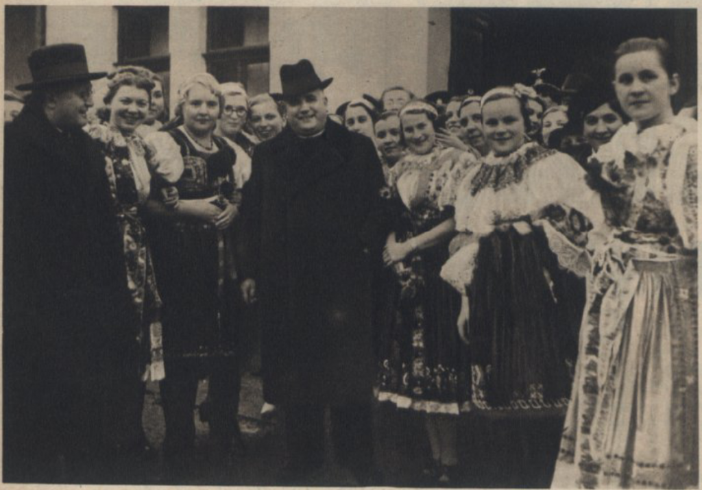 "Jozef Tiso - Catholic priest and president of the Slovak republic (1939-1945) ""in a bouquet of Slovak girls"""