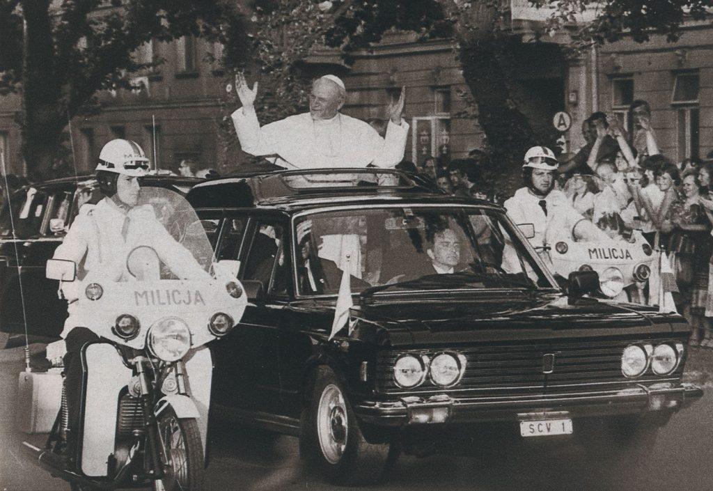 Johannes Paul II. in Tschenstochau beim 1. Polenbesuch, 1979