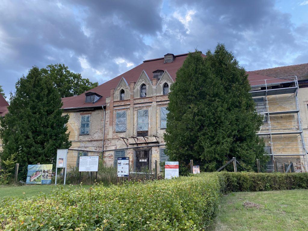 Schloss Steinort (Sztynort) in Masuren, Stammsitz der Lehndorffs,hier auf einer Aufnahmen vom Sommer 2019